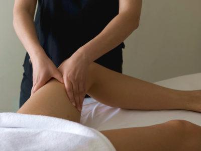 Massaggio drenante per gambe pesanti e cellulite