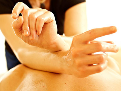 Lomi Lomi il massaggio emozionale hawaiano