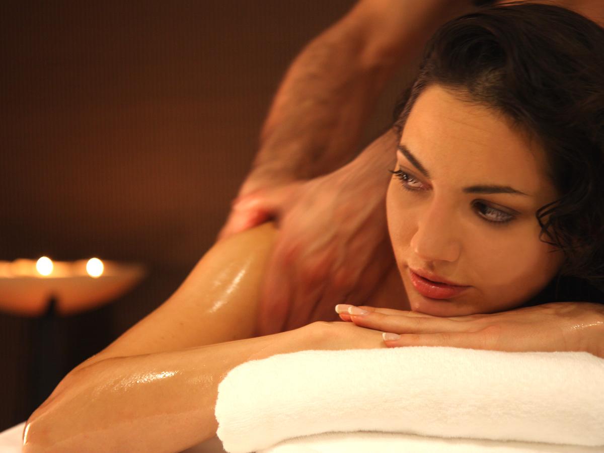Massaggio rilassante Holistic Touch percorso Blue Holistic.