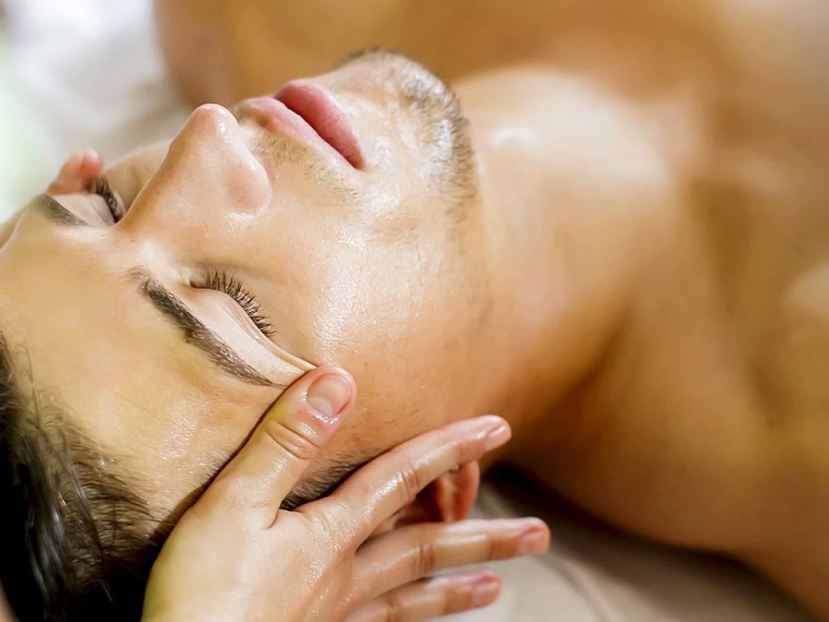 Massaggio rilassante Holistic Touch nel percorso Rituale Hammam