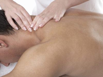 Per lui massaggio muscolare decontratturante e rilassante per tutto il corpo.